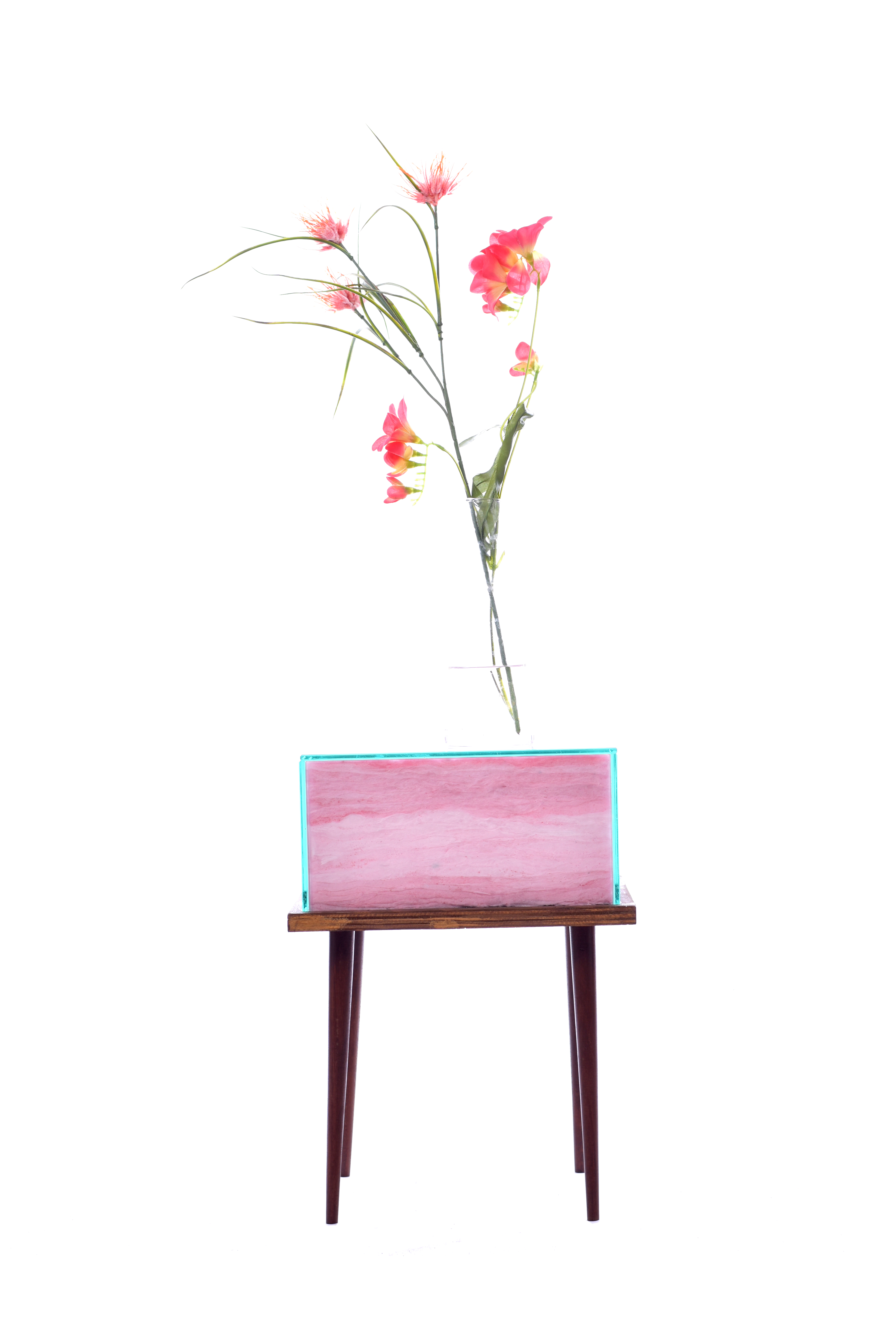 The Candy Floss side table. A playful addition to your interior.